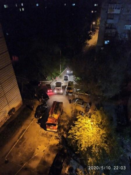 В Алчевске от взрыва гранаты в квартире погибла женщина