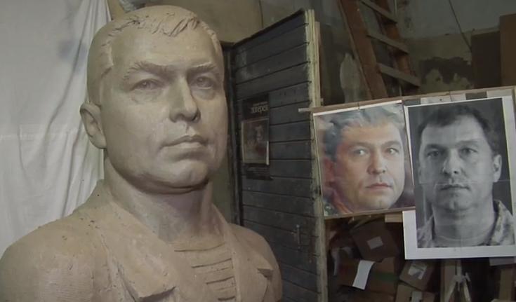 В центре Луганска хотят поставить бюст Болотову
