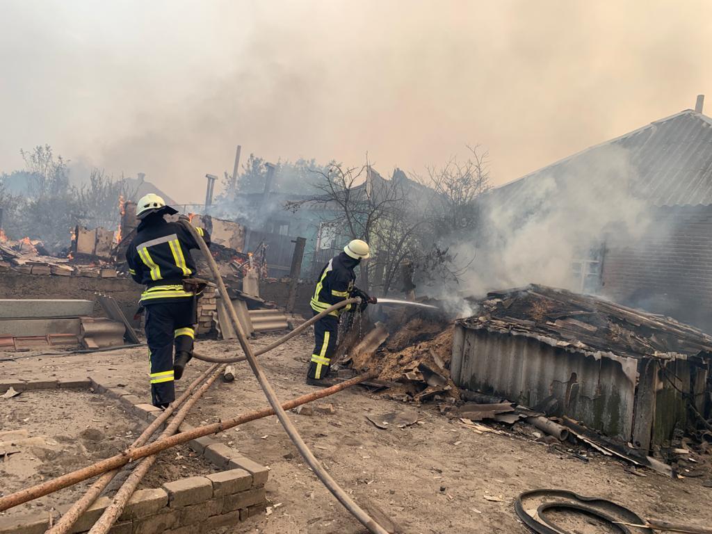 В Луганской области продолжает гореть лес. Синоптики снова обещают жару