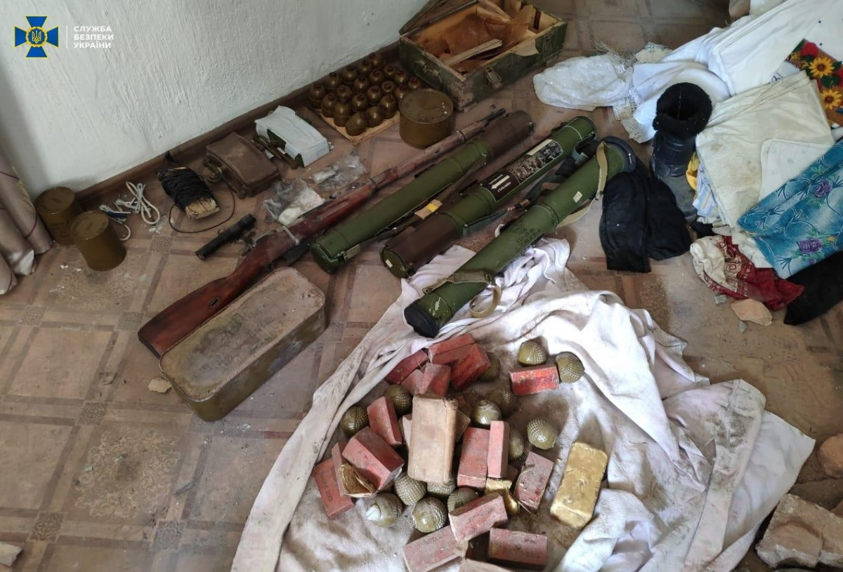 На окраине Марьинки нашли боеприпасы «ДНР»