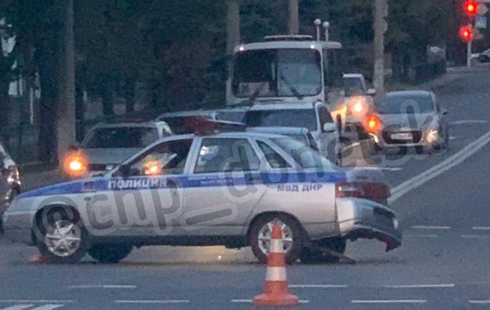 В Донецке авто «Полиции ДНР» попало в аварию
