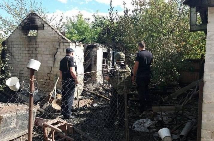 На Луганщине мужчина подорвал сарай, пытаясь покончить с собой