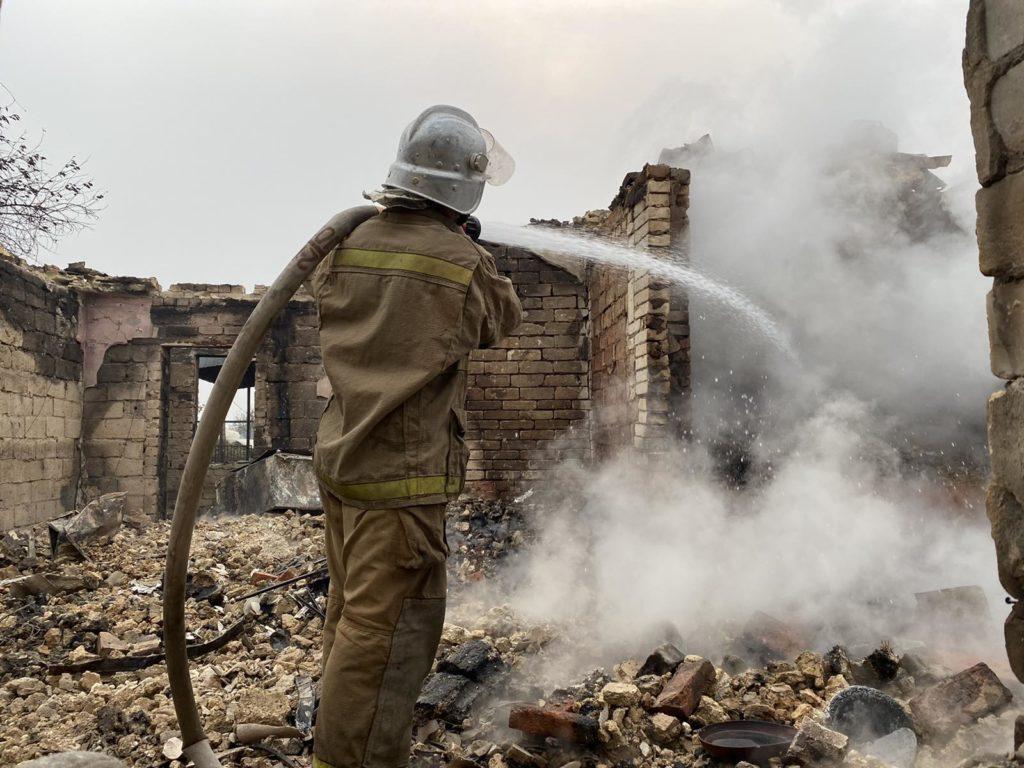 Огонь на Луганщине огонь угрожает 31 населенному пункту