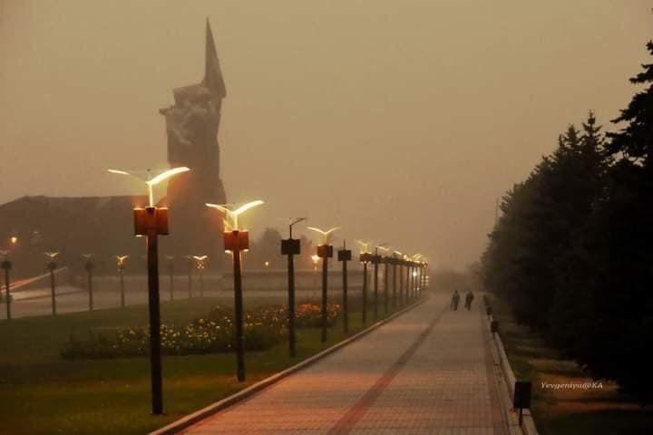 Донецк накрыла пылевая буря