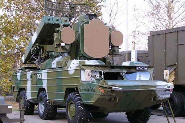 В Горловке мощный взрыв уничтожил зенитно-ракетные комплексы «Оса-АКМ». Погибли 12 «военных», — источник