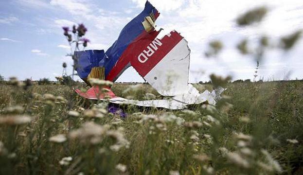 «Чиновница» из «ЛНР» помогла кураторам из ГРУ переправить на неподконтрольный Донбасс журналистов, сочиняющих фейки о крушении рейса MH17