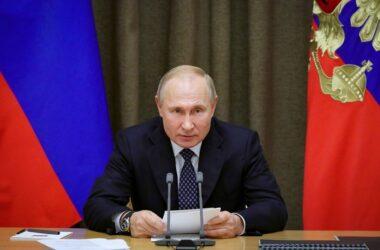 Путин снова заявил, что Киев должен напрямую говорить с боевиками ОРДЛО, а не с ним