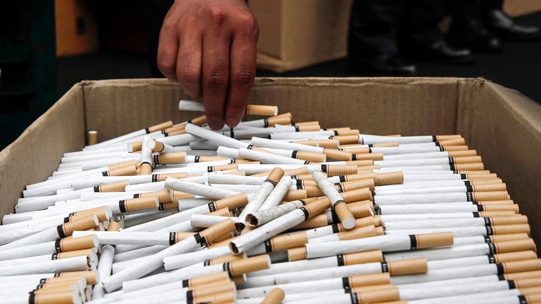СНБО поручил прекратить контрабанду сигарет с неподконтрольного Донбасса