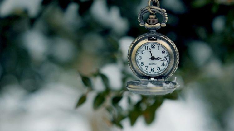 Рада провалила отмену летнего времени. Стрелки часов переводим с 27 на 28 марта