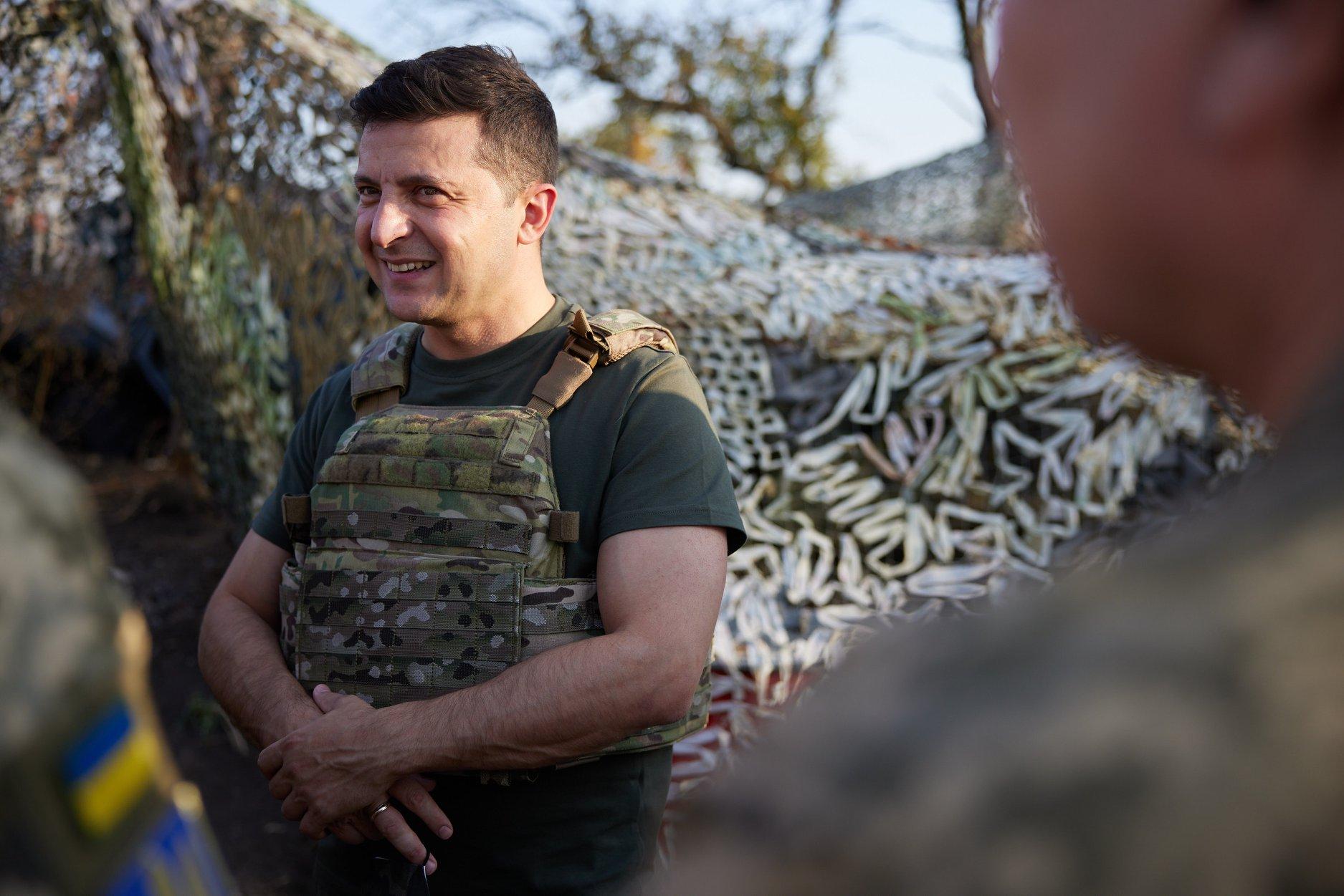 Зеленский рассказал, что стороны договариваются о перемирии на Донбассе во время Пасхи