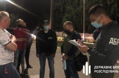 В Луганской области военком требовал взятку взамен на возможность «откосить» от армии
