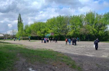 В Луганской области пятиклассник в драке пырнул ножом семиклассника