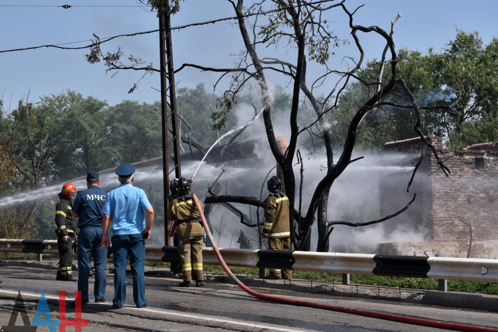 В оккупированном Донецке взорвался газопровод. Столб огня было видно издалека
