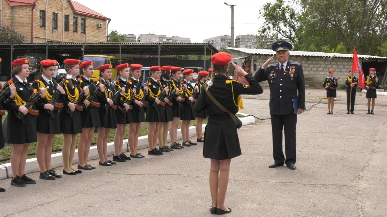 Закон Божий и рукопашный бой. «Единая Россия» собралась открывать в Антраците кадетский корпус для девочек