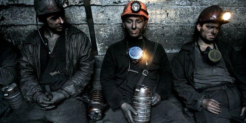 На Донбассе за долги от электроснабжения отключают шахты. Обесточено уже 6 предприятий
