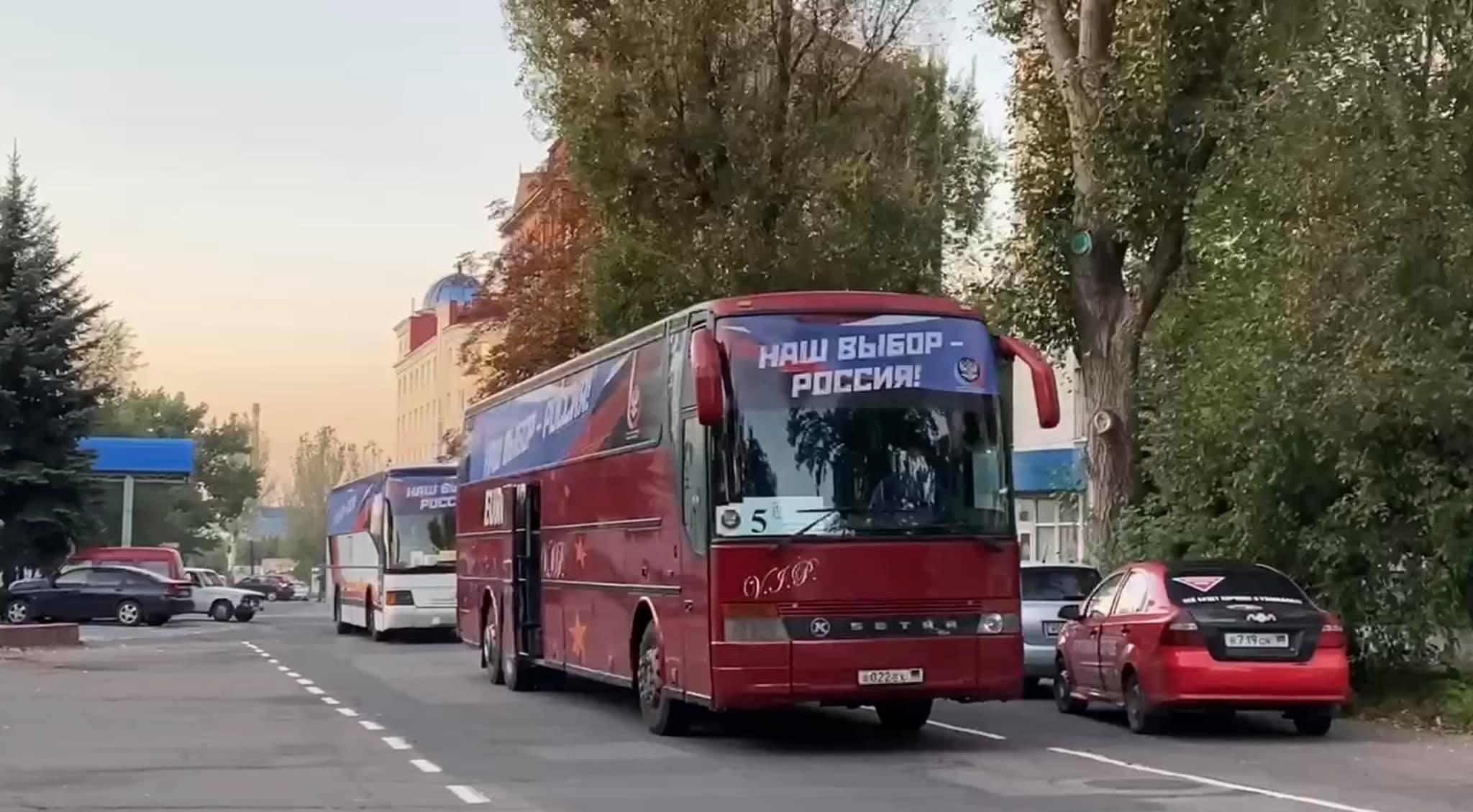 Правозащитники рассказали, сколько жителей ОРДЛО проголосовали на российских выборах. Впереди еще один избирательный день