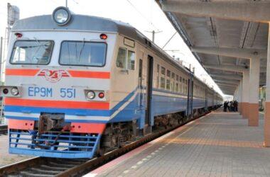 Жителей ОРДЛО с российскими паспортами будут везти на российские выборы на поездах